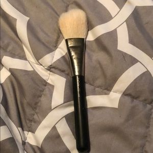 Mac 135 brush